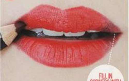 6 bước kẻ môi đỏ tuyệt đẹp đón Giáng sinh - 3