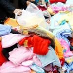 Sức khỏe đời sống - Quần áo Trung Quốc: Trẻ mặc vào dễ... ngớ ngẩn?