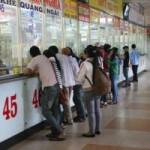 Tin tức trong ngày - Giá xăng tăng, giá vé xe Tết âm lịch sẽ tăng cao