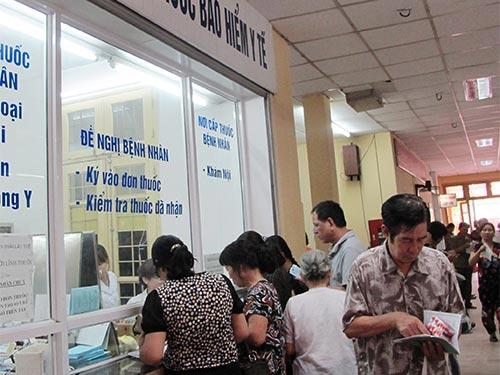 Thuốc Việt lép vế ở sân nhà - 1