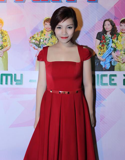 Quán quân The Voice 2013 mở tiệc lớn - 8