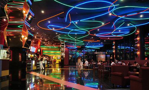 Khám phá Thành phố Hồ Chí Minh về đêm - 3