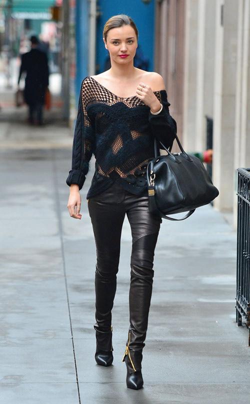 Miranda Kerr lộ ngực vì nội y trong veo - 9