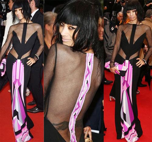Những chiếc váy xuyên thấu đau tim nhất 2013 - 3