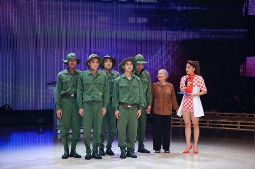 Hồ Quỳnh Hương trở lại đẹp dịu dàng - 11