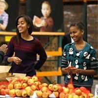 Tổng thống Obama dạy con gái cách chọn người yêu
