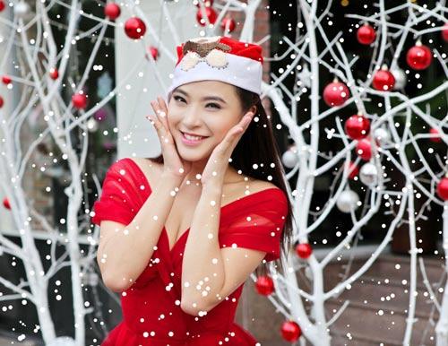 Hải Băng đỏ rực gợi cảm đón Noel - 5