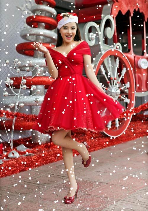 Hải Băng đỏ rực gợi cảm đón Noel - 9