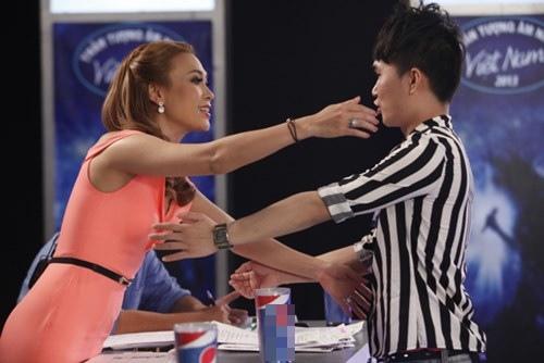 "Quân Kun: ""Thảm hoạ ảo"" của Vietnam Idol - 3"