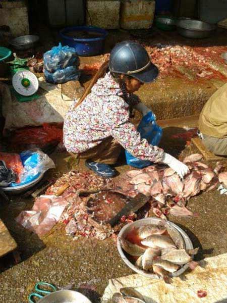 Thực phẩm tại chợ đầu mối: Thách thức sức khỏe - 1
