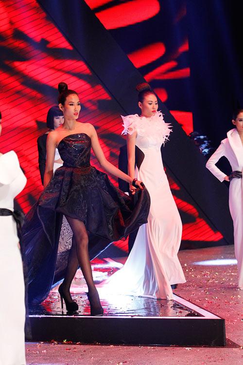 Dàn Top Model hội ngộ trong đêm chung kết - 2