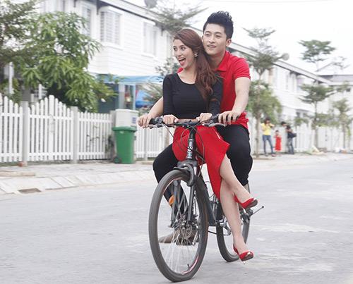 """Việt My yêu thầm """"bạn trai Hoàng Thuỳ Linh"""" - 1"""