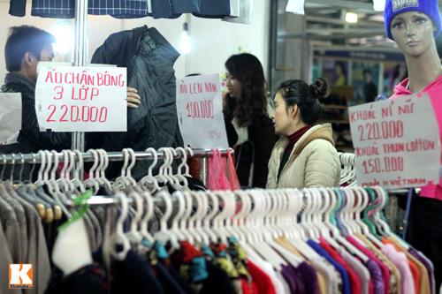 Đột nhập các khu chợ siêu rẻ ở Hà Nội - 16
