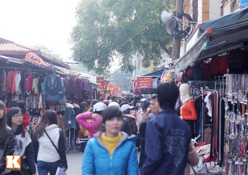 Đột nhập các khu chợ siêu rẻ ở Hà Nội - 17