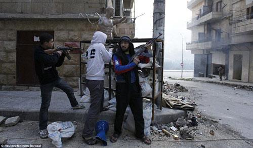 """Syria: """"Phóng viên chụp ảnh tử thần"""" thiệt mạng - 11"""