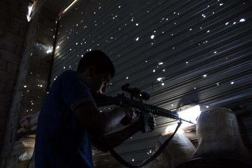 """Syria: """"Phóng viên chụp ảnh tử thần"""" thiệt mạng - 4"""