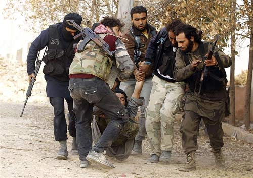 """Syria: """"Phóng viên chụp ảnh tử thần"""" thiệt mạng - 7"""