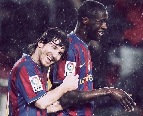 Man City ra sức chèo kéo Messi - 1