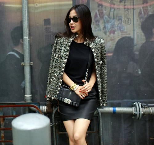 Áo khoác dạ xinh đẹp trên phố Hong Kong - 13