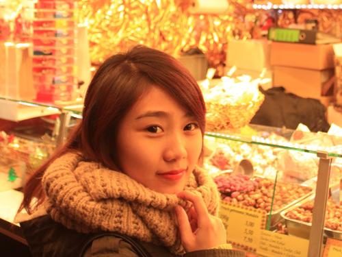 Miss Teen Thu Trang đón giáng sinh ở Đức - 8