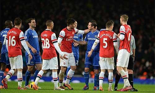 Arsenal: Không có quà cho Wenger - 1