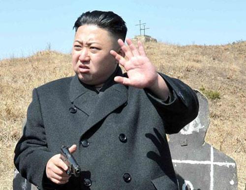 """Kim Jong-un """"say xỉn"""" khi ra lệnh xử tử trợ lý? - 1"""