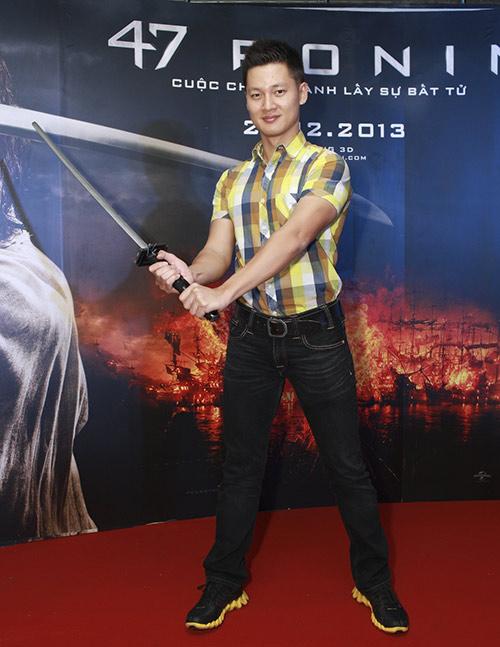 Phương Mai, Nathan Lee thích thú làm samurai - 12