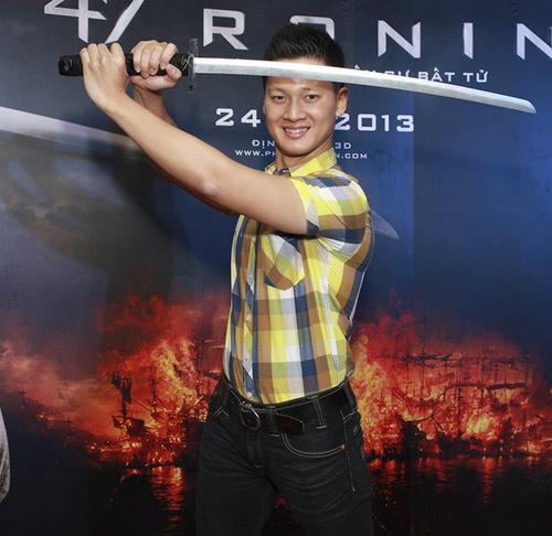 Phương Mai, Nathan Lee thích thú làm samurai - 13