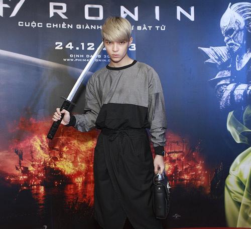 Phương Mai, Nathan Lee thích thú làm samurai - 14