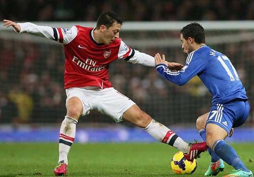 Arsenal: Mất ngôi đầu, giữ niềm tin - 2