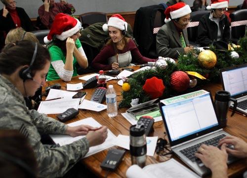 Quân đội Mỹ truy tìm tung tích ông già Noel - 2