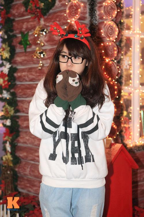 Thiếu nữ Hà thành xinh tươi trên phố Noel - 8