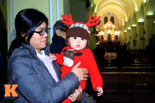 Hà Nội, TPHCM tràn ngập không khí đêm Noel - 3