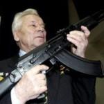 """Tin tức trong ngày - """"Cha đẻ"""" của súng AK-47 qua đời"""
