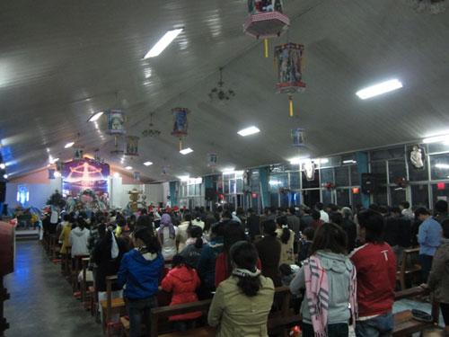 Hà Nội, TPHCM tràn ngập không khí đêm Noel - 22