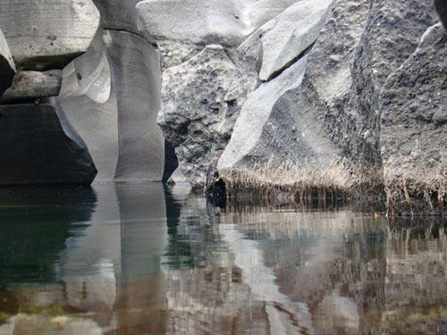 Thăm thung lũng đá già cỗi nhất trái đất - 10