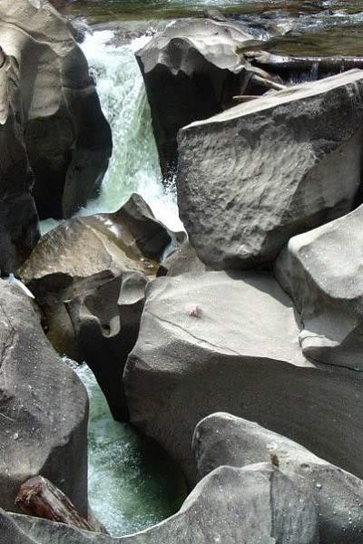 Thăm thung lũng đá già cỗi nhất trái đất - 5