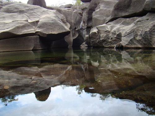 Thăm thung lũng đá già cỗi nhất trái đất - 9