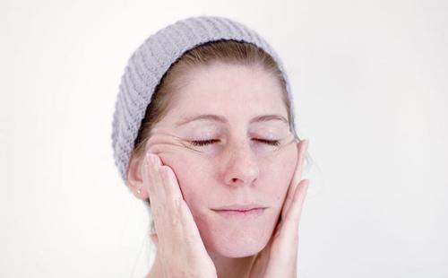 Tự mát xa cho da mặt khỏe mạnh - 1