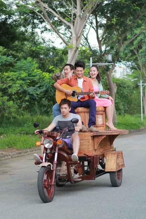 Hoàng Thùy Linh: Ngôi sao hot nhất Vbiz 2013 - 6
