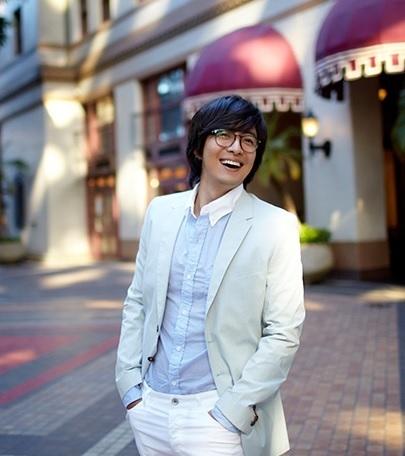 Lộ diện chân dung bạn gái Bae Yong Joon - 6