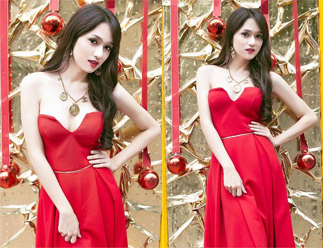 Người đẹp chuyển giới Hương Giang Idol diện váy xẻ ngực khá sâu khoe vòng 1 căng tròn tuyệt đẹp trong dịp giáng sinh.