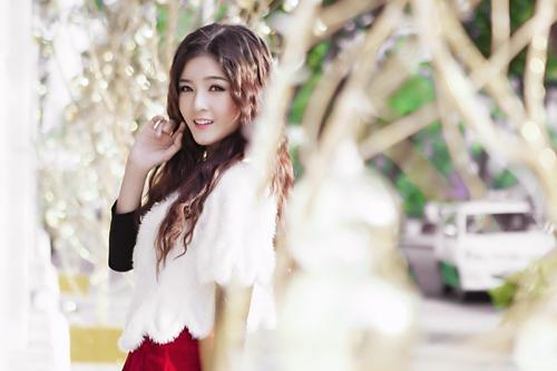 Hot girl Lilly Luta một mình đón Giáng sinh - 8
