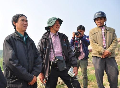 Vụ Cát Tường: Thuê máy múc đào sâu 30m tìm xác nạn nhân - 1