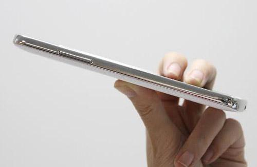 Samsung ra mắt smartphone màn hình lớn Galaxy Grand 2 - 6