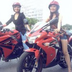 Ô tô - Xe máy - Nữ giới quyến rũ hơn khi đi xe côn tay