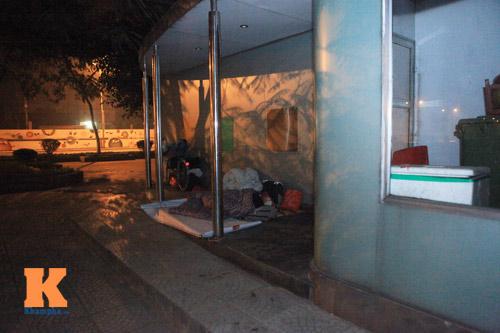 Những mảnh đời vô gia cư trong đêm đông lạnh Thủ đô - 4