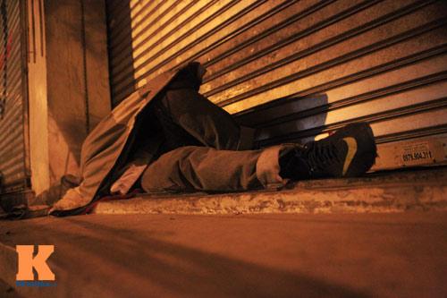 Những mảnh đời vô gia cư trong đêm đông lạnh Thủ đô - 10