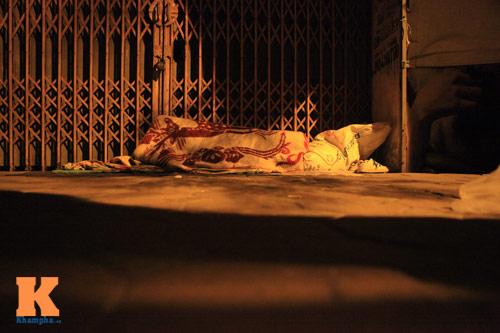 Những mảnh đời vô gia cư trong đêm đông lạnh Thủ đô - 12