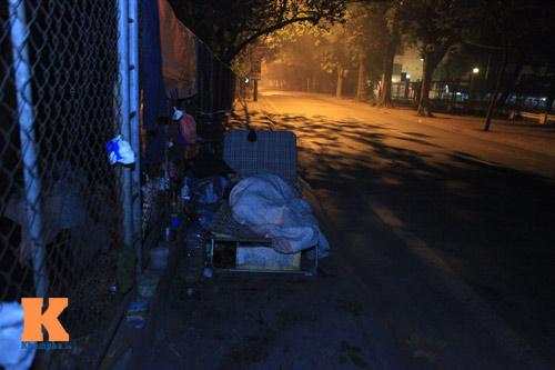Những mảnh đời vô gia cư trong đêm đông lạnh Thủ đô - 13